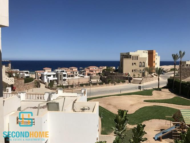 2 bedrooms in azzura